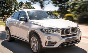 BMW X6 xDrive 50i 2014 Test Fahrbericht SUV-Coupé Achtzylinder