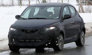 Lancia Ypsilon Facelift 2015 Erlkönig Neuheiten Kleinwagen Bilder