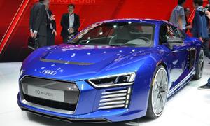 Audi R8 e-tron 2015 Elektroauto Genf Reichweite Supersportler