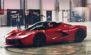 Ferrari LaFerrari im Video
