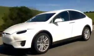 Video: Tesla Model X als Erlkönig