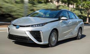 Toyota Mirai Wasserstoff-Auto 2015 Test Fahrbericht