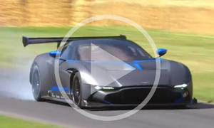 Aston Martin Vulcan im Video