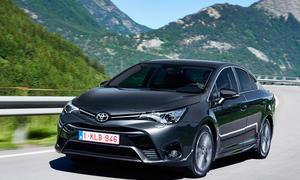 toyota avensis 2015 fahrbericht kombi limousine meinung erfahrung