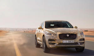 Jaguar F-Pace 2015 IAA Luxus-SUV Hitzetests Erlkönig-Tarnung