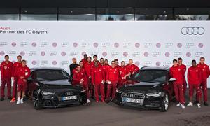 Audi FC Bayern Fußballer-Autos