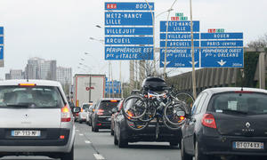 Autofahren im Ausland Deutsche kennen Verkehrsregeln nicht