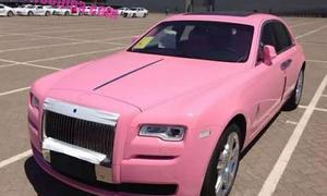Rolls Royce Ghost in Pink