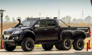 Toyota Hilux 6x6 Vromos