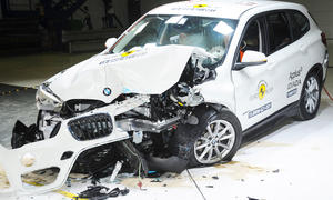 bmw x1 2015 crashtest