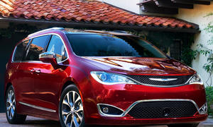 Chrysler Pacifica (2016)