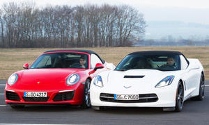 Chevrolet Corvette Stingray Cabrio Porsche 911 Carrera S