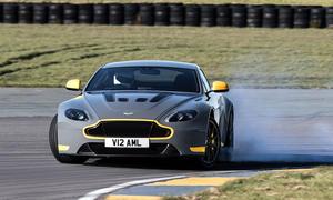 Aston Martin V12 Vantage S Handschalter