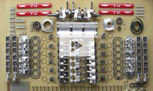 V12-Motor Bausatz: Video