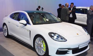 Porsche Panamera 4 E-Hybrid (2016)