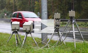 Mit Lichthupe vor Blitzern warnen: Video
