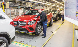 Mercedes zahlt Prämie