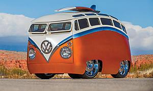 Umbau eines VW T1 zum Magic Bus durch Ron Berry