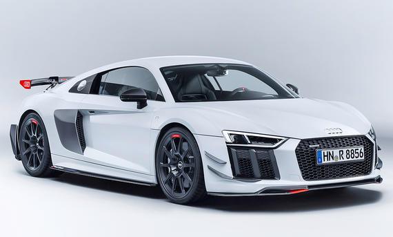 Audi R8 mit Sport Performance Parts