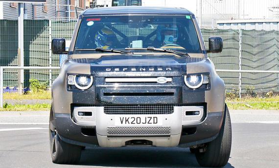 Land Rover Defender V8 (2020)
