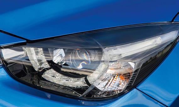 Lichttest Service Ratgeber Mazda 2 LED Vergleich