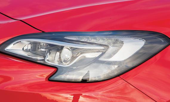 Lichttest Service Ratgeber Opel Corsa Bi-Xenon Vergleich