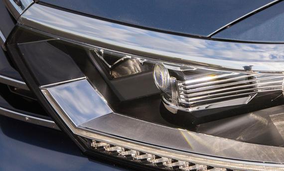 Lichttest Service Ratgeber VW Passat LED Vergleich