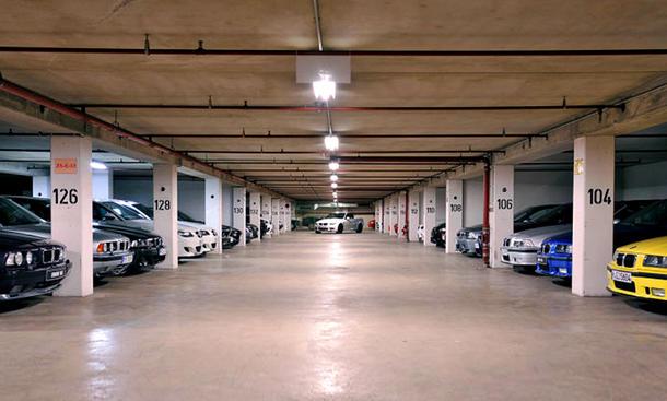 BMW-M-Garage