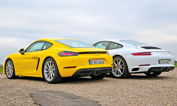 Porsche 911 Carrera vs Porsche 718 Cayman S