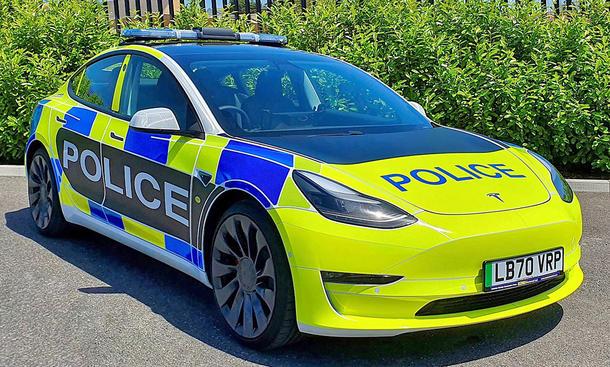 Tesla Model 3 Polizeiauto