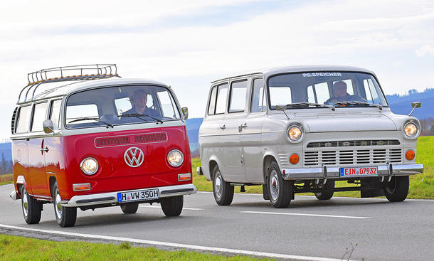 VW Bus T2/Ford Transit: Classic Cars