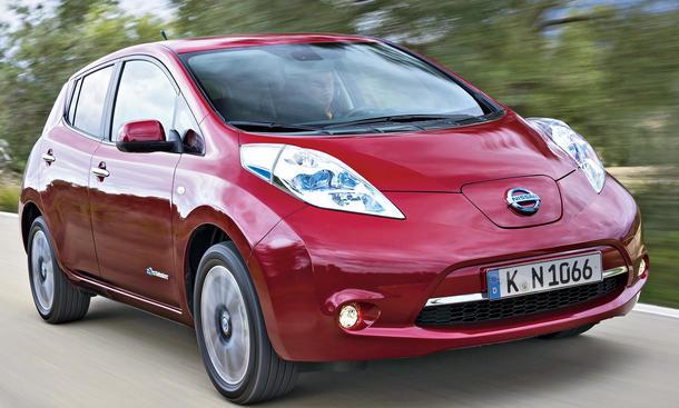 Nissan Leaf Facelift 2013 Elektroauto Kleinwagen Test