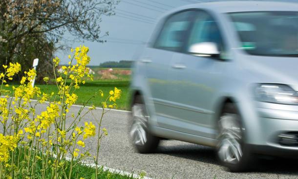 Super E10 Benzin Vergleich Kostenvorteil Ethanol Entwicklung