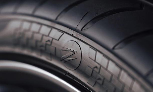 Z Tyre: Weltrekord für teuerste Reifen