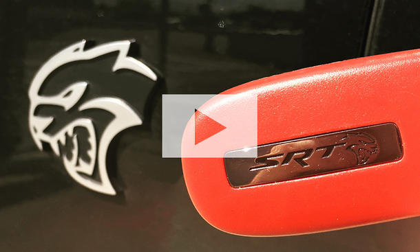 Dodge Charger SRT Hellcat (2016): Video