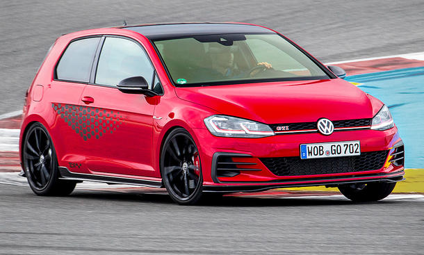 VW Golf 7 GTI TCR