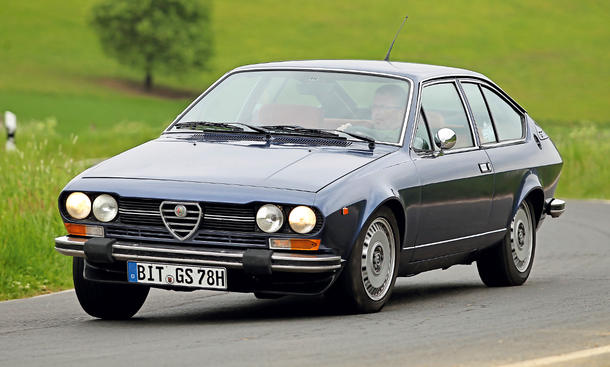 alfa romeo alfetta gtv 2 0 oldtimer kaufen. Black Bedroom Furniture Sets. Home Design Ideas