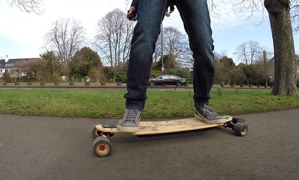 Evolve Elektro-Skateboard