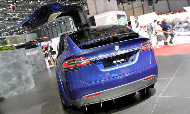 "FAB Design Tesla Model X ""Virium"""