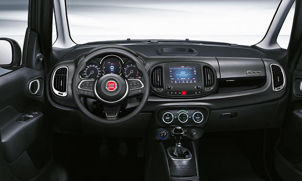 Fiat 500L Cross (2021)