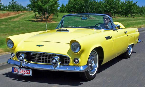 Ford Thunderbird: Classic Cars