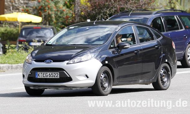 Erlkönige: Ford Fiesta Limousine