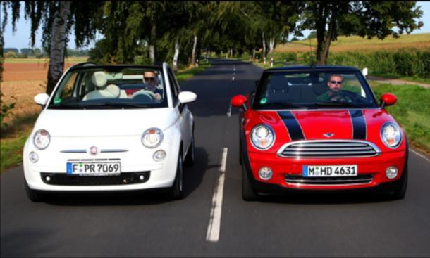 Aufmacher: Fiat 500C gegen Mini Cooper Cabrio