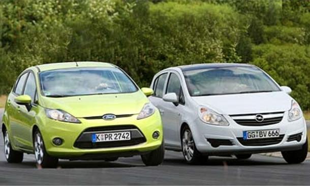 Markenvergleich Kleinwagen: Ford Fiesta 1.6 TDCi gegen Opel Corsa 1.3 CDTI