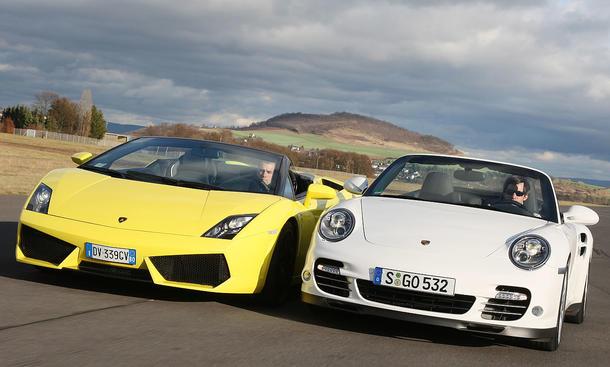 Vergleich der Sportcabrios: Neues Porsche 911 Turbo Cabrio gegen Lamborghini Gallardo LP 560-4 Spyder