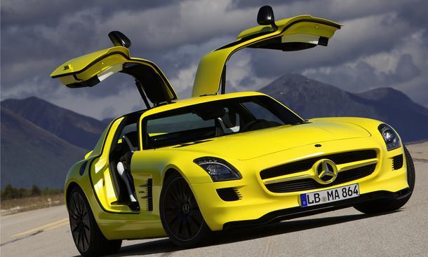 Die neue Studie Mercedes SLS AMG E-Cell bringt es mit vier Elektro-Motoren auf 533 PS