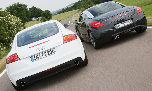 Audi TT Coupé 2.0 TFSI S tronic und Peugeot RCZ 1.6 200 THP im Vergleich der AUTO ZEITUNG