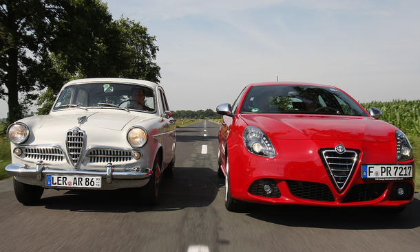 Alfa Romeo Giulietta Berlina und Alfa Romeo Giulietta 1.4 TB 16V MultiAir im Vergleich