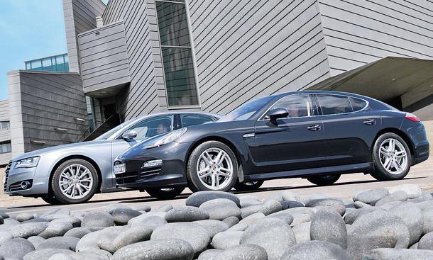 Audi A8 4.2 und Porsche Panamera S im Test