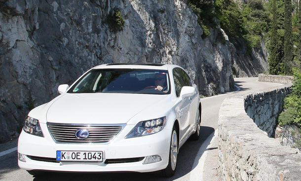 Lexus Ls 600h Ambience Im 100 000 Km Test Autozeitung De